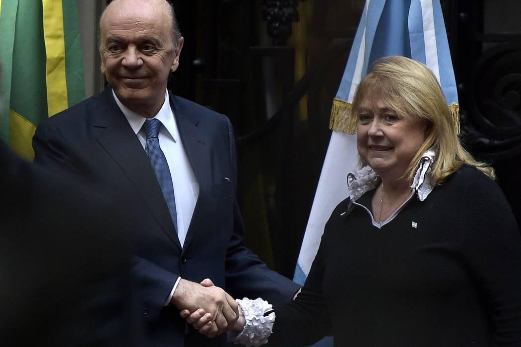Canciller de Brasil inició en Argentina nueva era en relación bilateral
