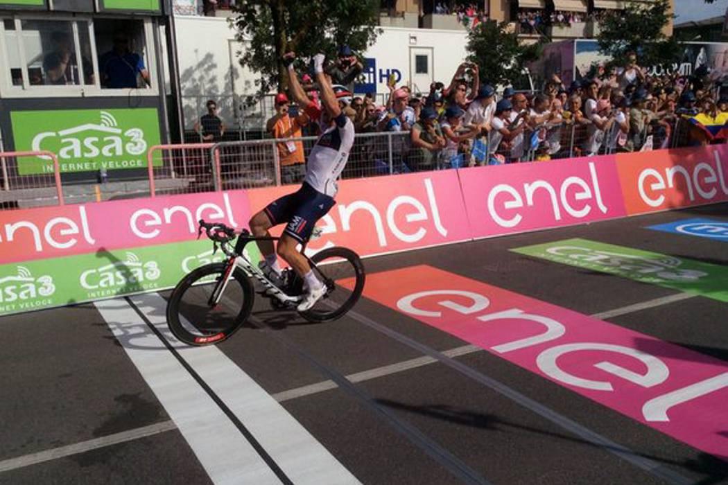 Chaves sigue segundo en el Giro, mientras que Kluge ganó la etapa 17