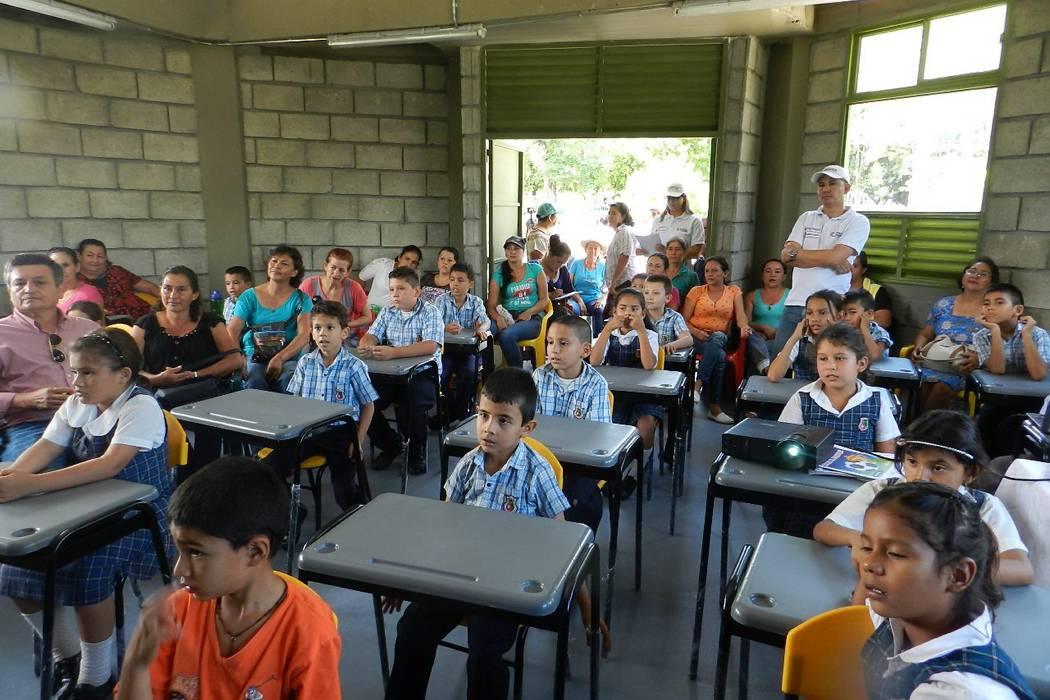Los niños de la vereda La Granja cuentan con su propio salón de clases