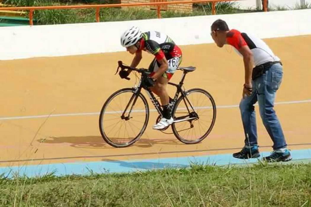 Sangre nueva del ciclismo santandereano compite en campeonato nacional