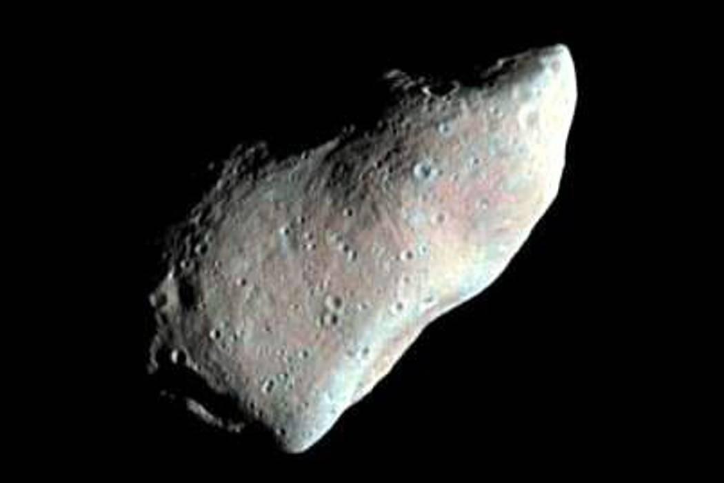 Asteroides podrían ser importante fuente de agua de la luna, según estudio