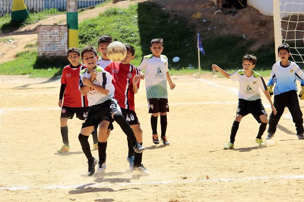 Festival de goles en Pony Fútbol de Floridablanca