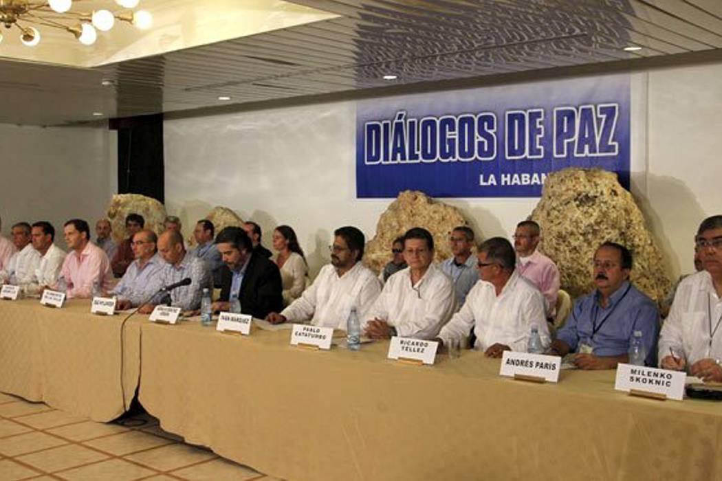 La U pide al CNE autorizar consulta para acuerdos de paz