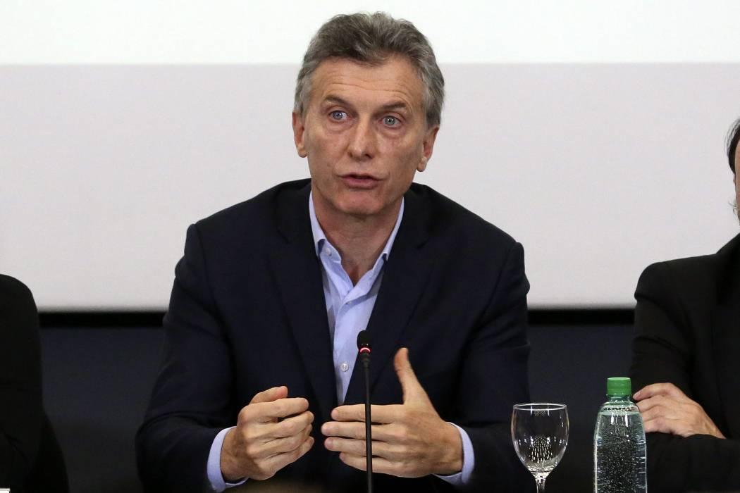 Macri cumple 6 meses de Gobierno con imagen positiva en descenso, dice sondeo