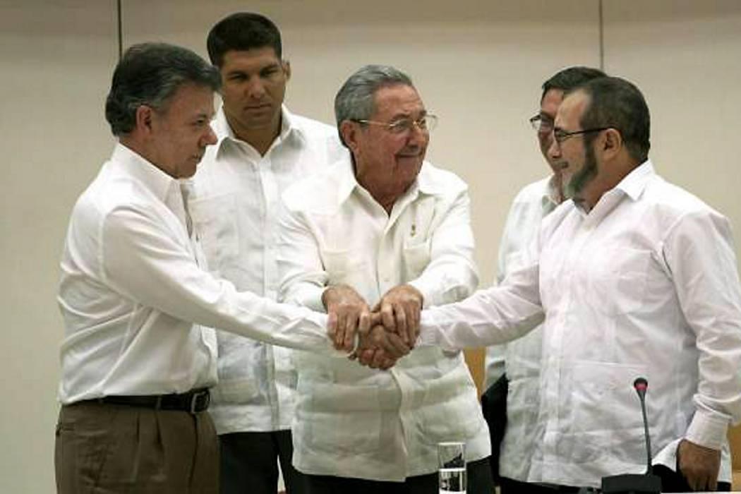 Santos anunciaría este jueves cese al fuego bilateral desde La Habana