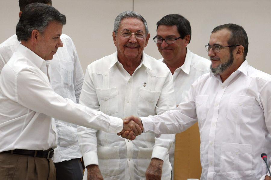 Escríbales al Presidente Santos y al jefe de las Farc 'Timochenko'