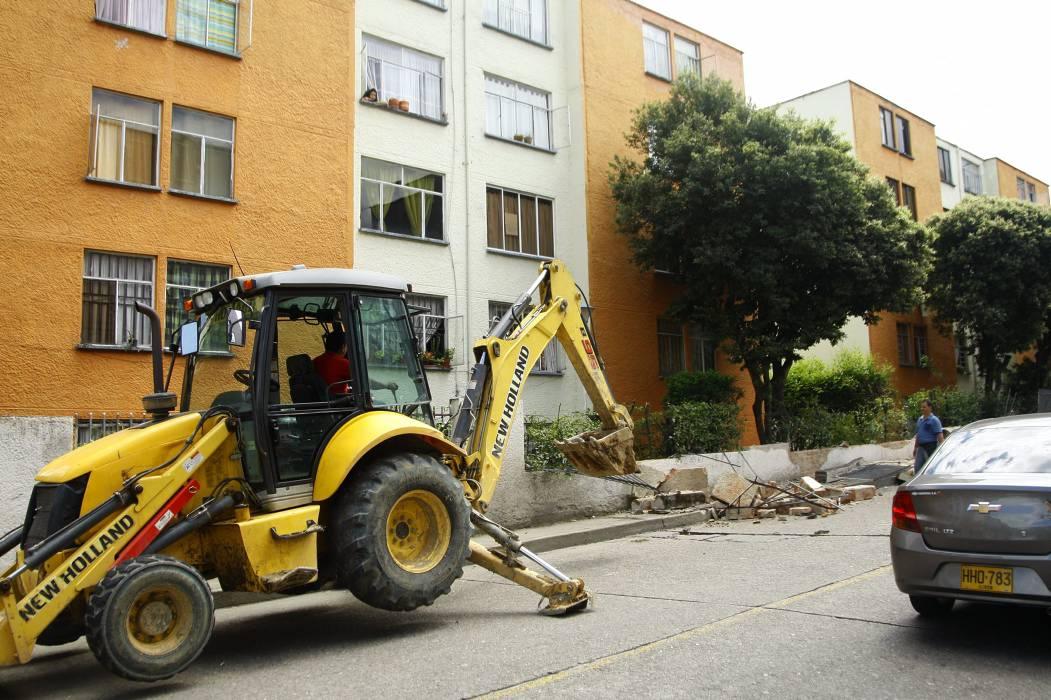 La comunidad preocupada por el derrumbe de muros