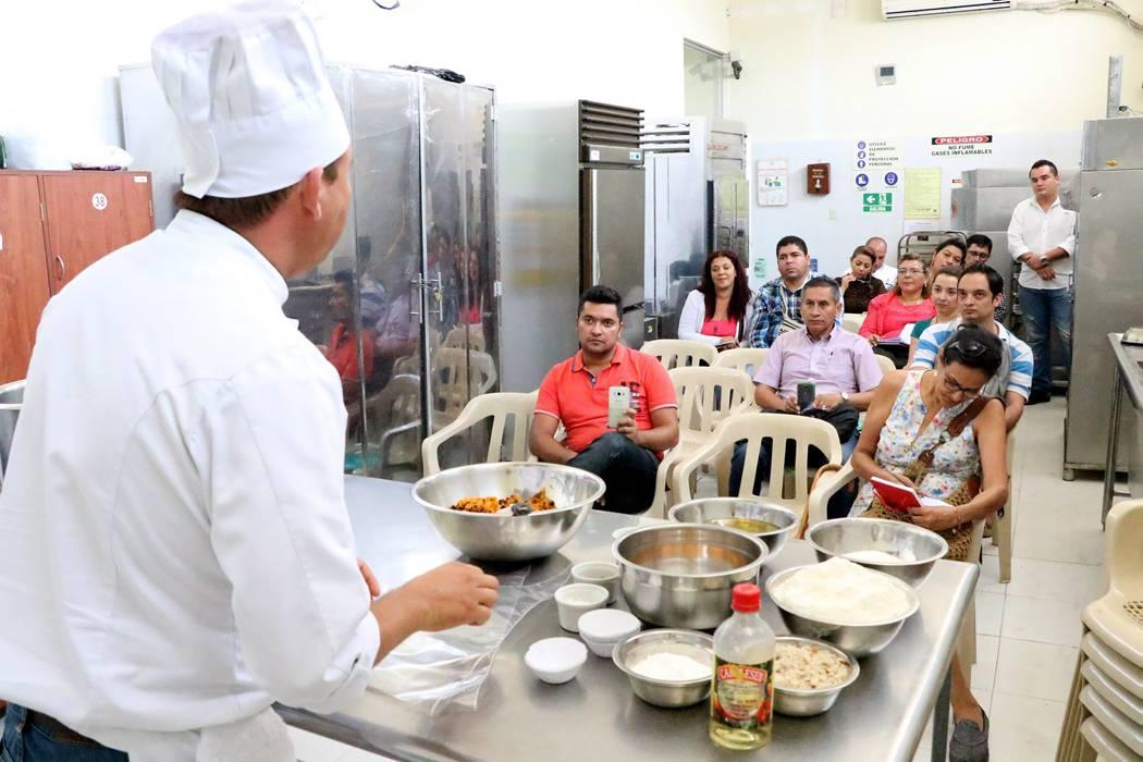 "Sena invitó a empresarios a ser ""Aprendiz por un día"""