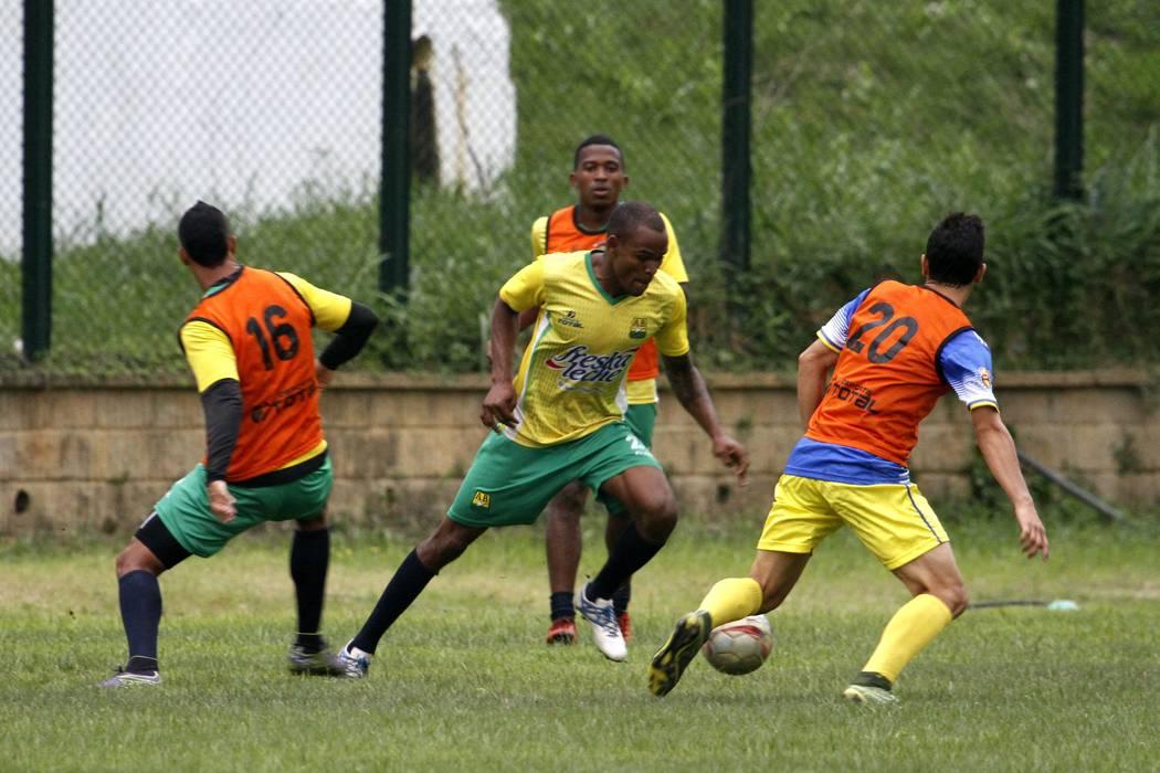 Dificultades para el Atlético Bucaramanga antes del debut en la Liga