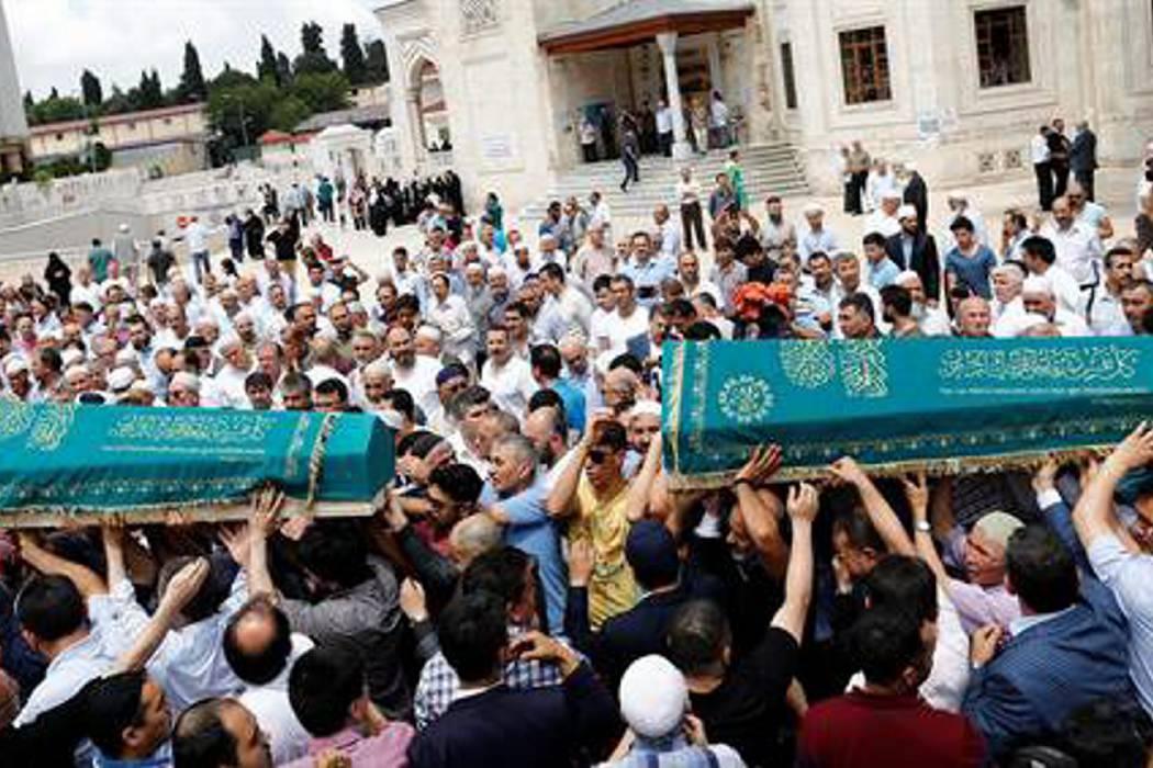 Kamikazes del aeropuerto de Estambul iban a tomar rehenes