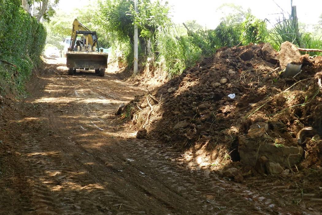 Comenzó pavimentación de la  calle 13 en Altos de la Floresta