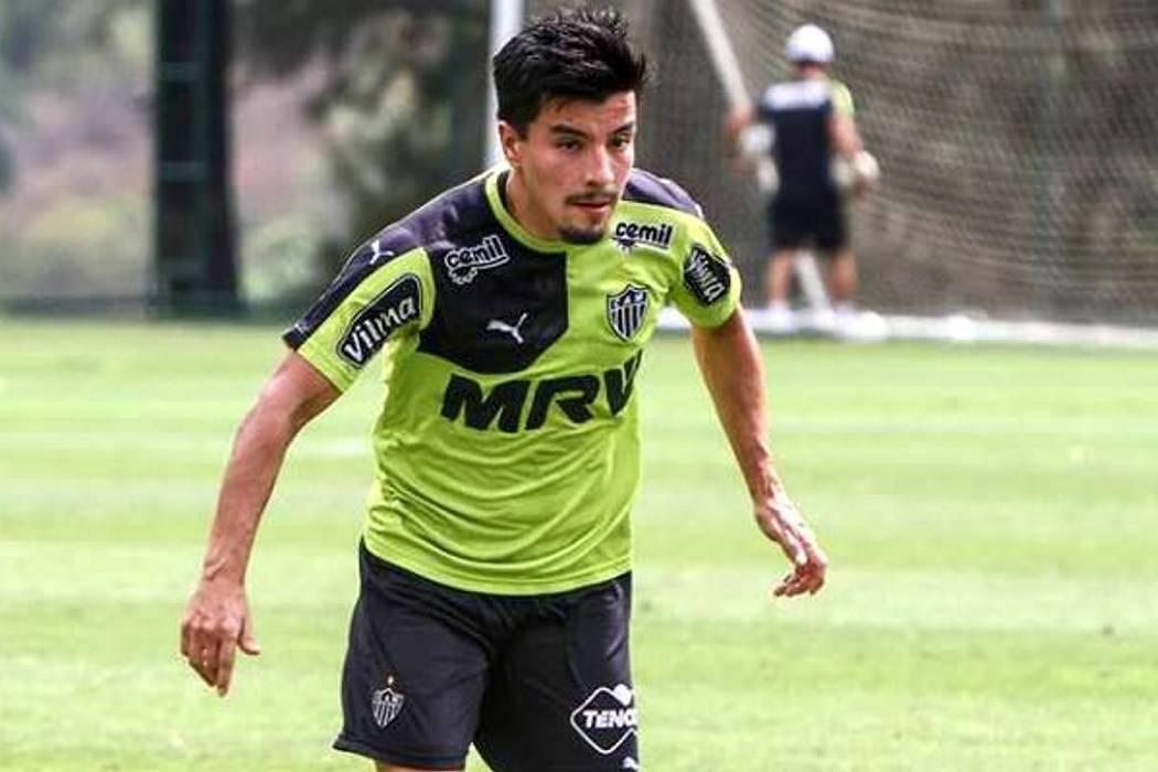 El Vitória de Brasil confirmó la llegada de Sherman Cárdenas