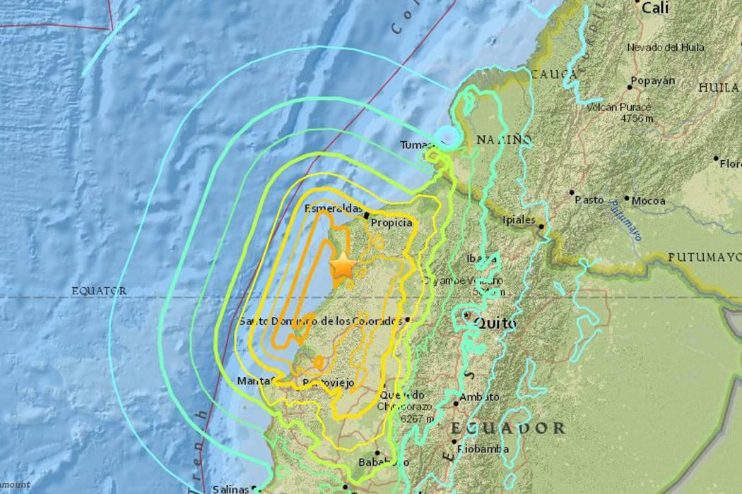 Dos fuertes sismos sacudieron a Ecuador con epicentro en zona del terremoto de abril