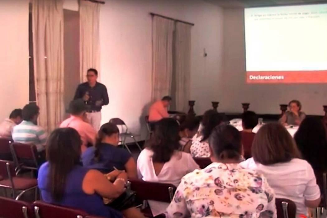 Buscan optimizar finanzas de municipios comuneros