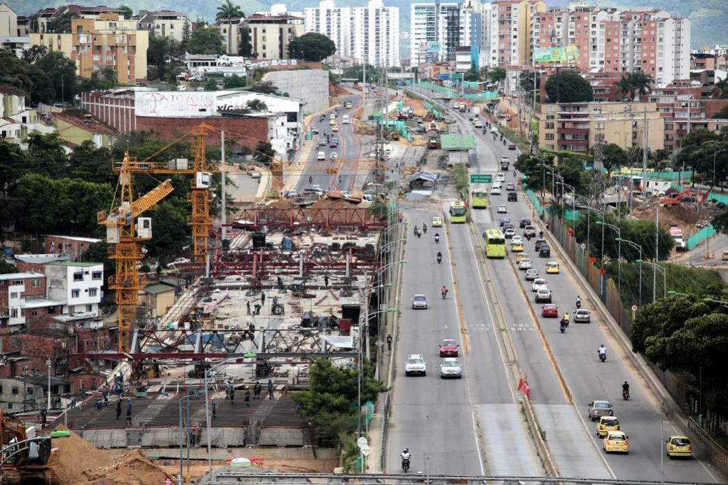 Obras viales de Bucaramanga se quedaron sin cemento por paro camionero