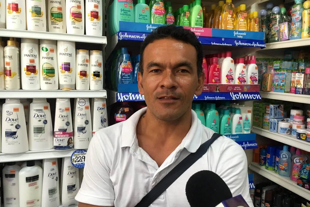 Denuncian desabastecimiento en supermercados del Socorro