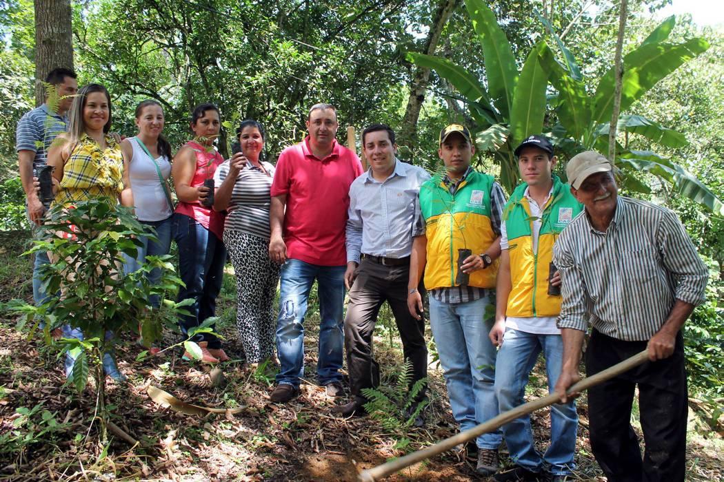 Con reforestación buscan evitar el desabastecimiento de agua