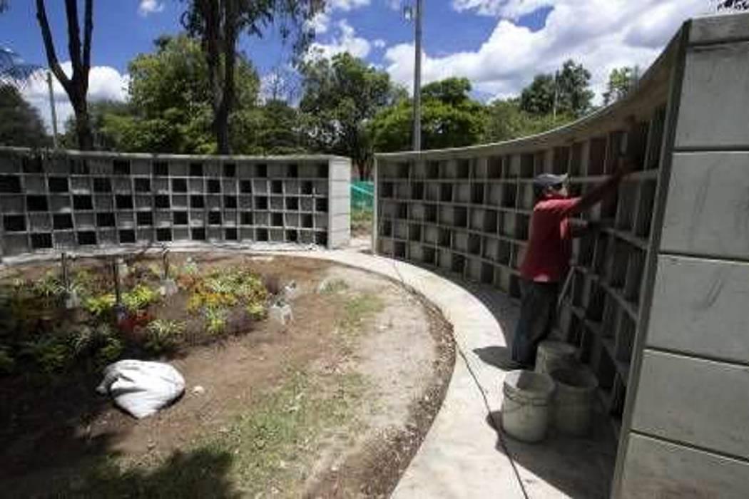 Se inicia plan de búsqueda de desaparecidos en cementerio de Medellín