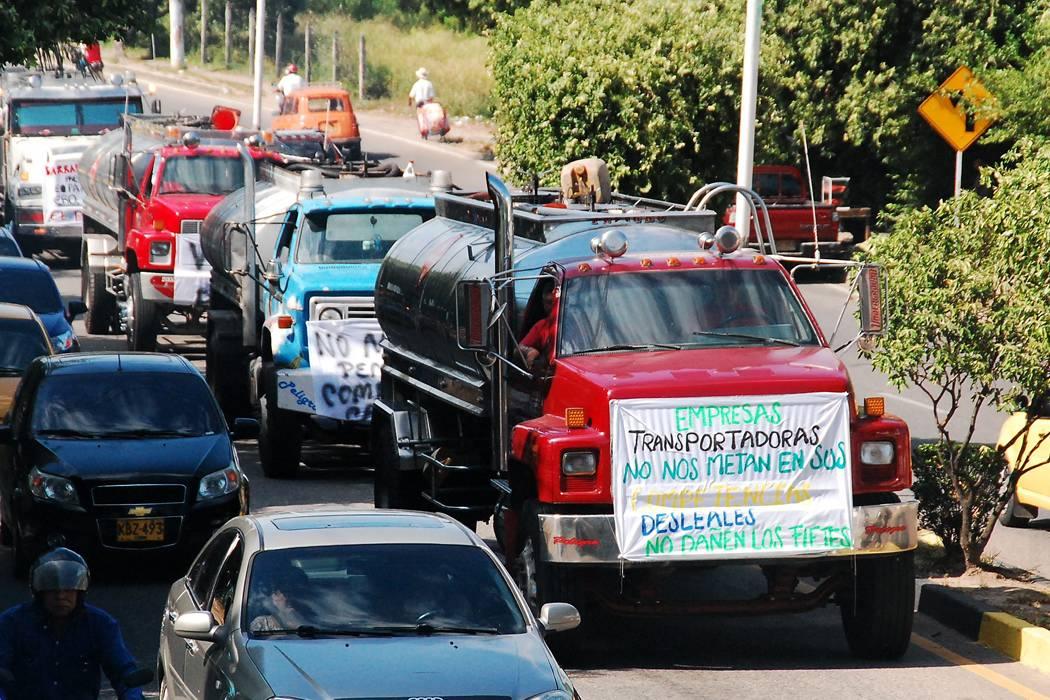 Transporte e inflación disparados dejó el paro camionero en Santander