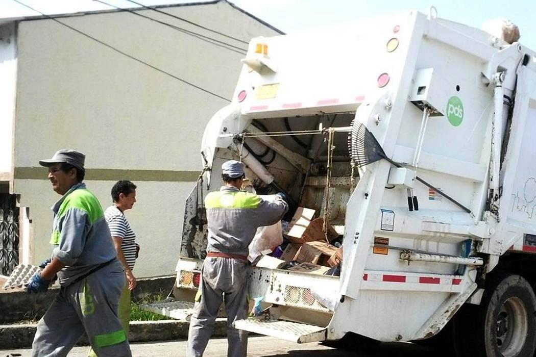 Derrumbes retrasaron recolección  de desechos en calles del municipio