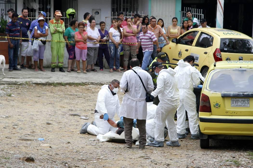 Asesinan a un taxista de múltiples disparos
