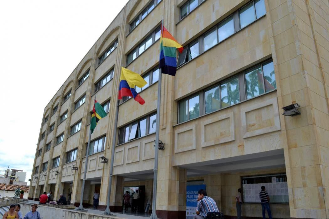 Tras izada de bandera Lgbt en Bucaramanga, convocan marcha en defensa de la familia