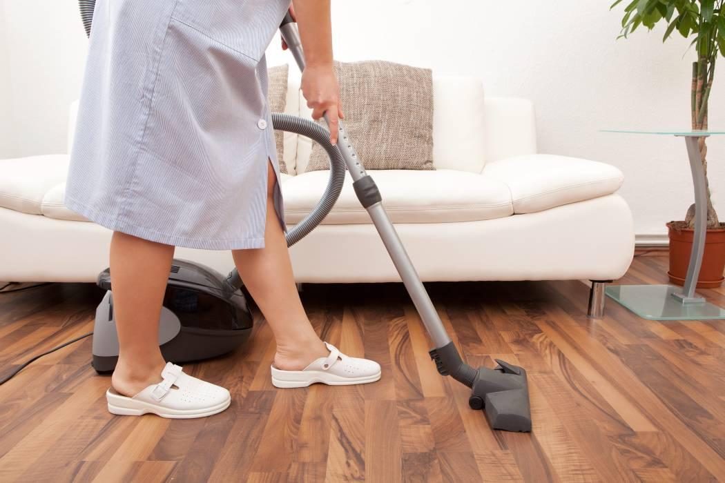 Conozca qué debe pagarle a un empleado doméstico