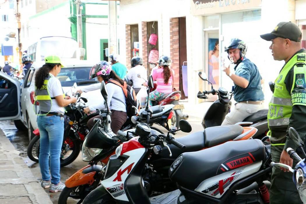 Continúan los controles al mototaxismo en San Gil