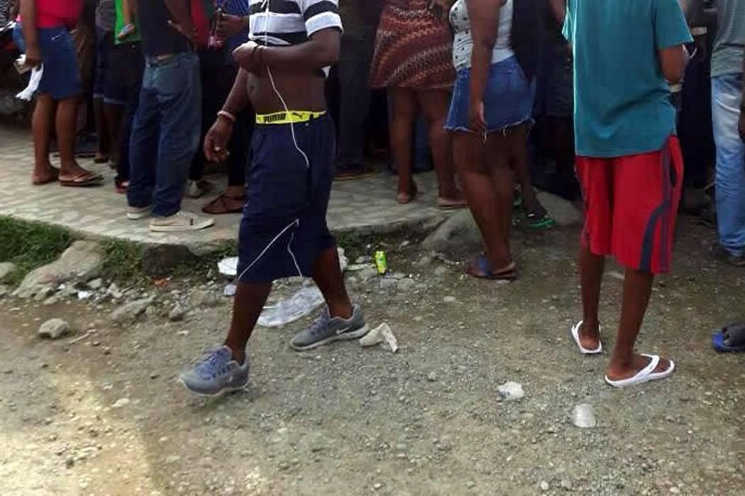 Haitianos en Ecuador buscan pasos clandestinos hacia Colombia