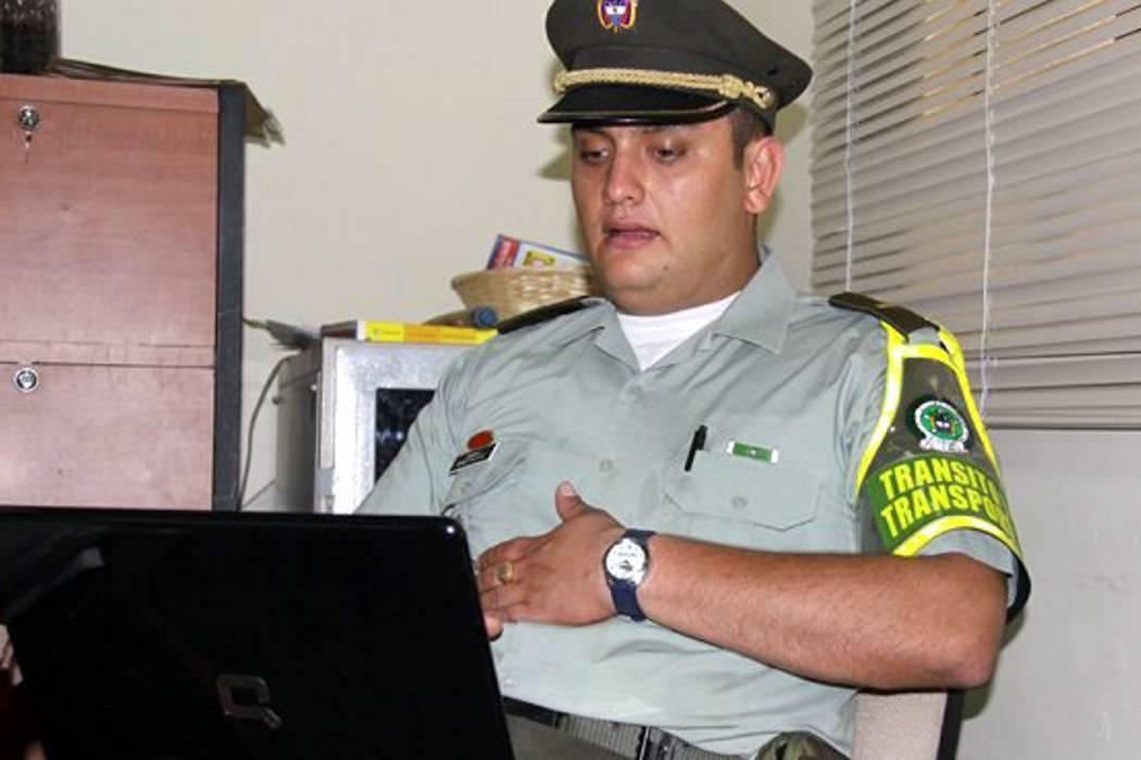 Destituyen al capitán Anyelo Palacios, denunciante de la 'Comunidad del Anillo'