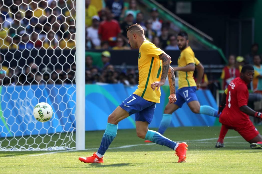 Brasil derrotó 6 a 0 a Honduras del santandereano Jorge Luis Pinto