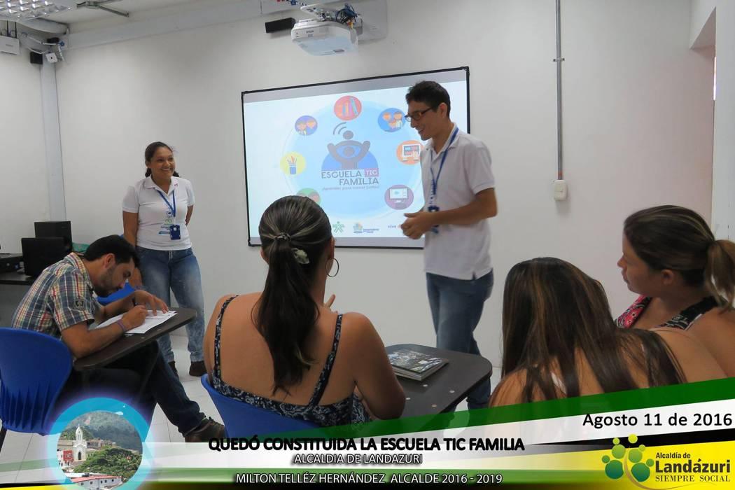"""Quedó constituida """"Escuela TIC Familia"""" en Landázuri"""