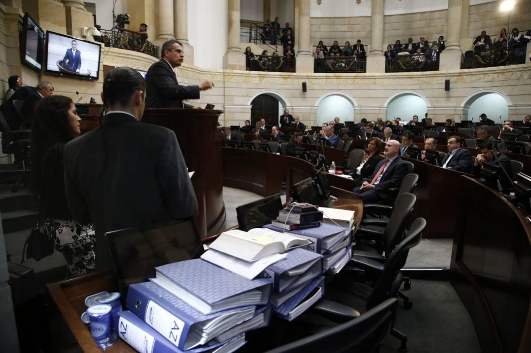 Otra vez se aplazó en el Senado la suerte del Magistrado Pretelt