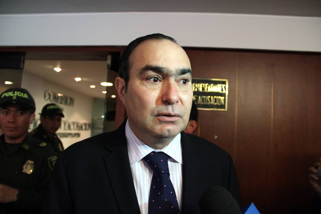 Otra vez se aplazó en  el Senado la suerte del magistrado Jorge Pretelt