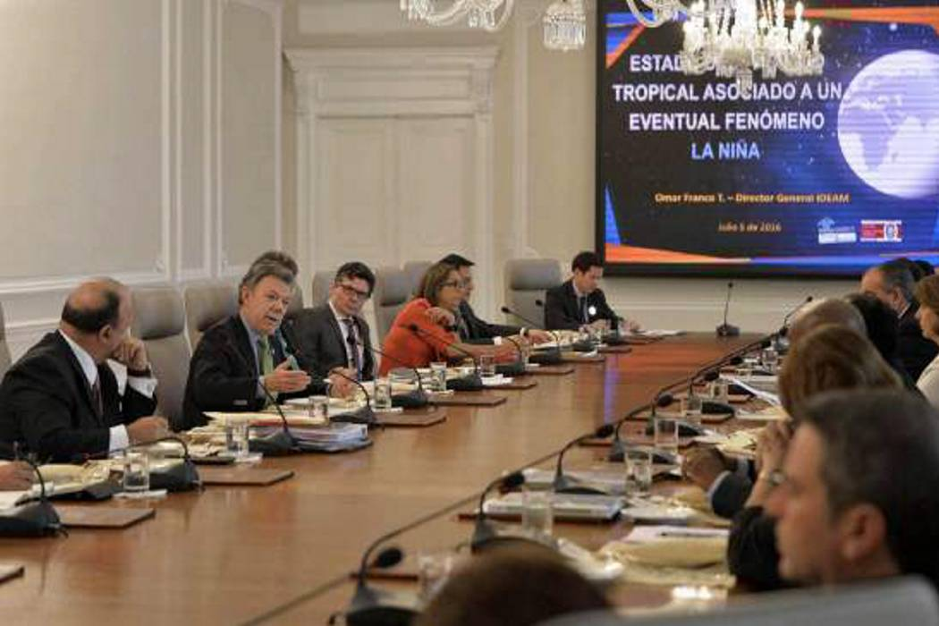 Presidente Santos publicó declaración de renta del gabinete ministerial