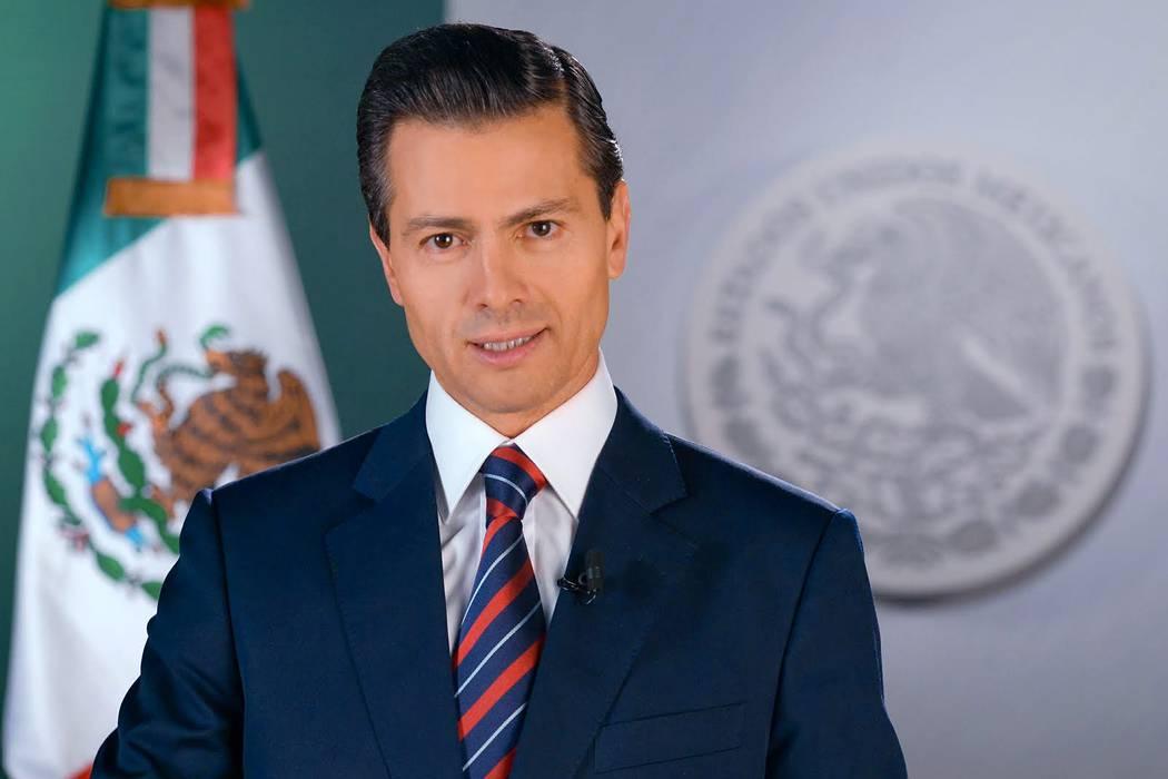 Presidente de México, Peña Nieto, plagió parte de su tesis universitaria