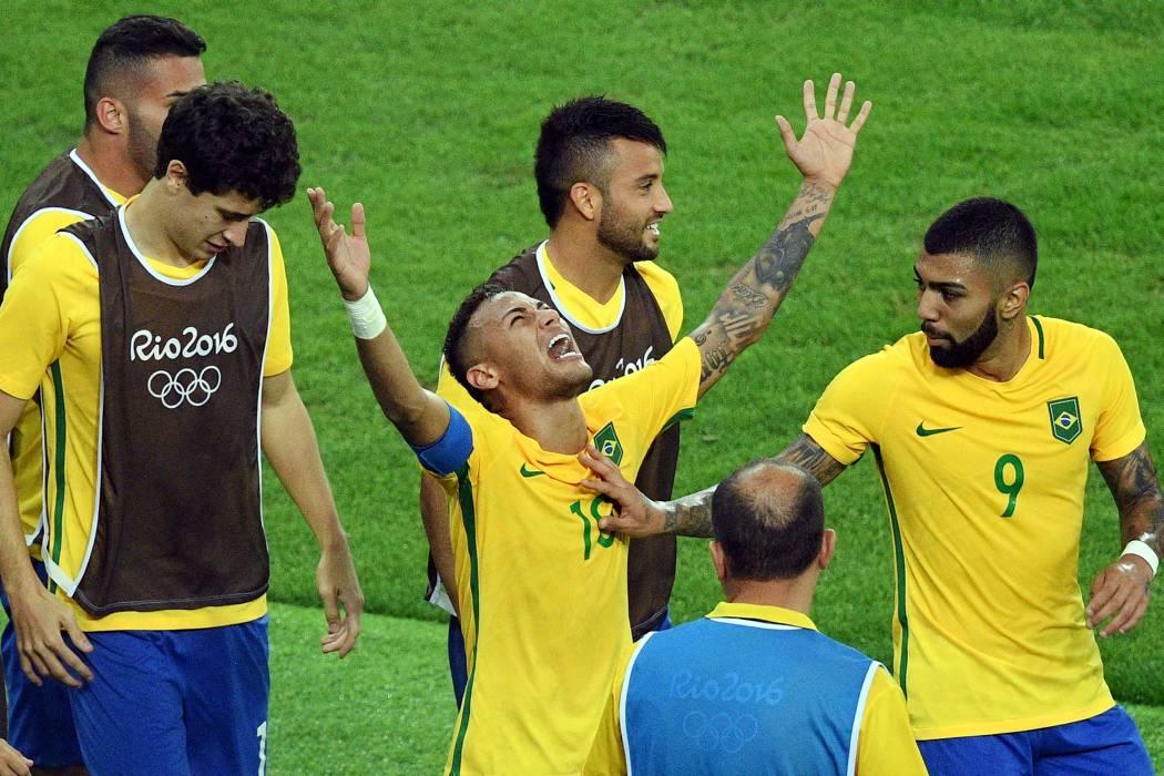 Brasil hizo su convocatoria para enfrentar a Ecuador y Colombia en Eliminatoria