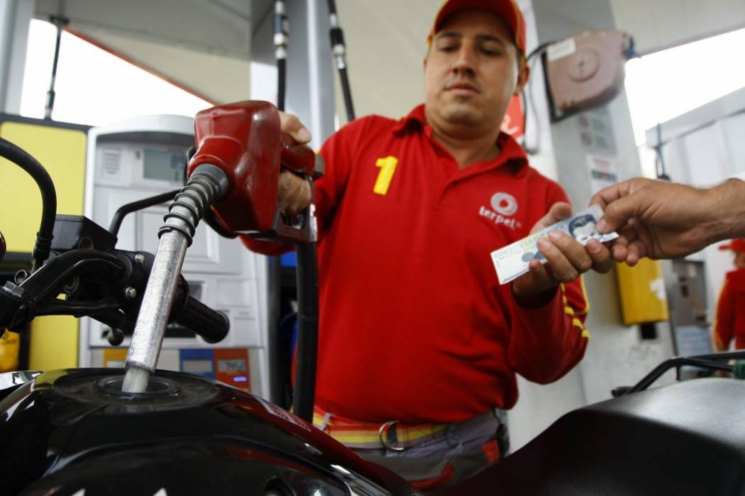 Desde este domingo, la gasolina en Bucaramanga sube $101