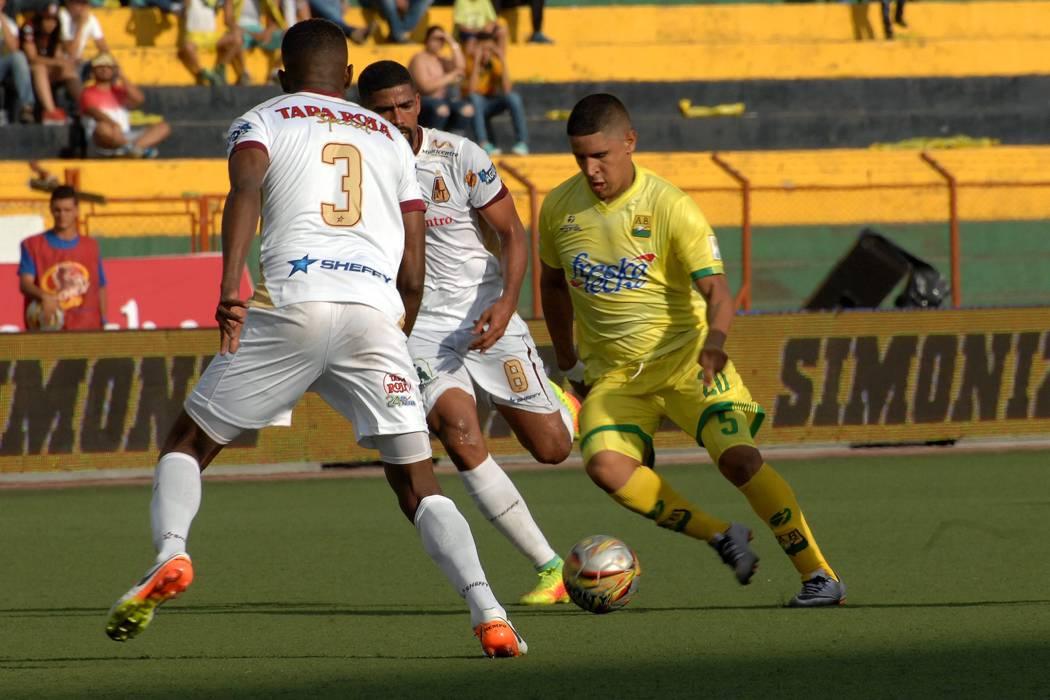 Continúa el cabeza a cabeza entre Bucaramanga y Tolima