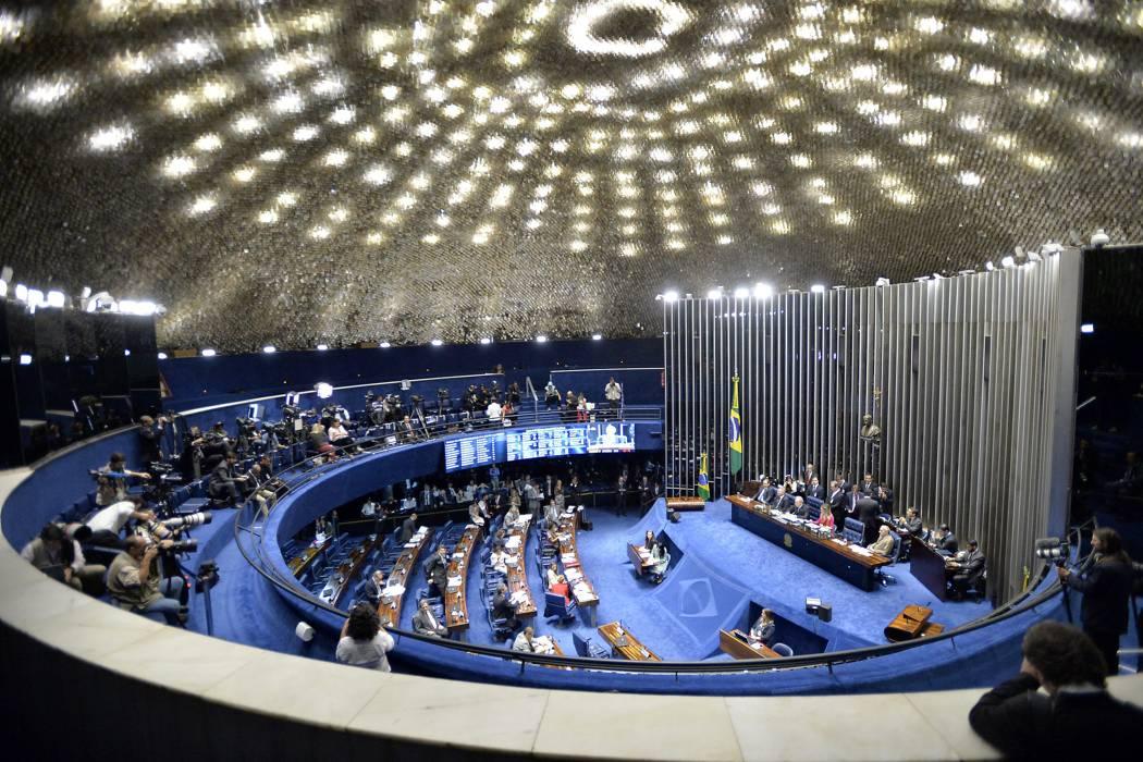 Rousseff comparecerá hoy ante el Senado de Brasil
