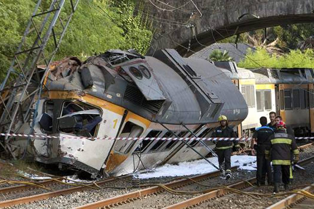 Cuatro muertos deja un accidente de tren en España
