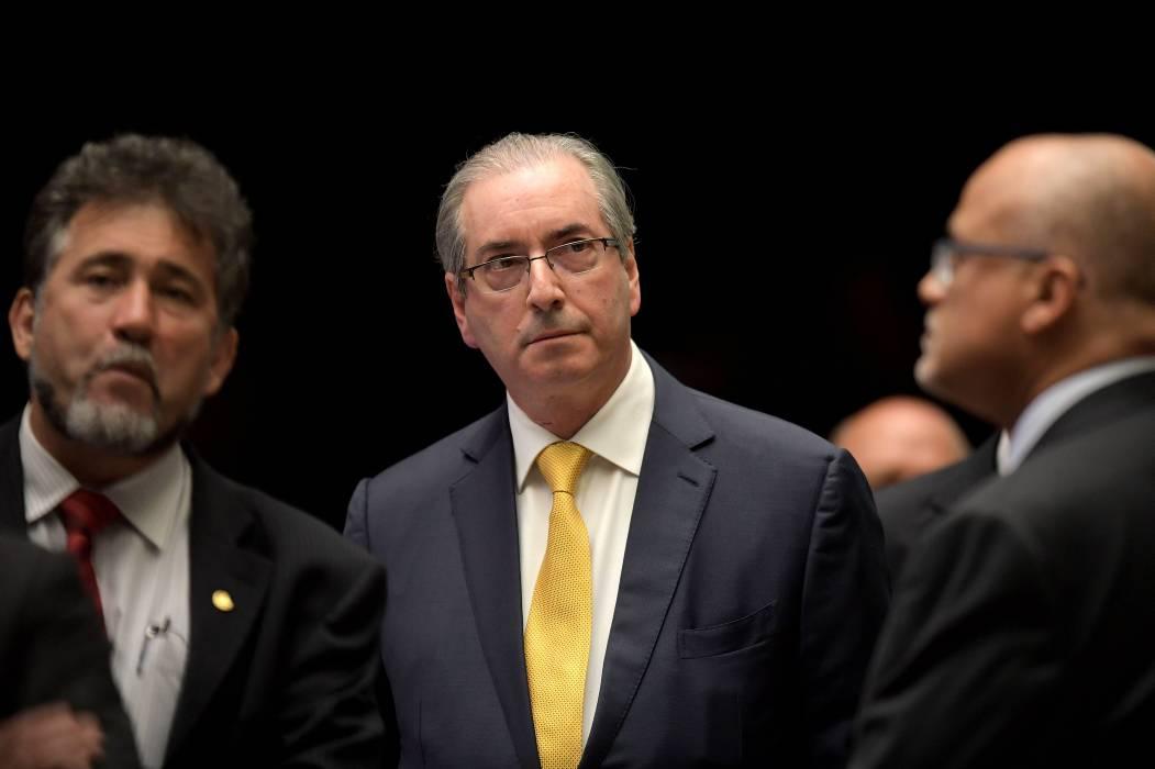 Destituyen en Brasil a diputado Eduardo Cunha