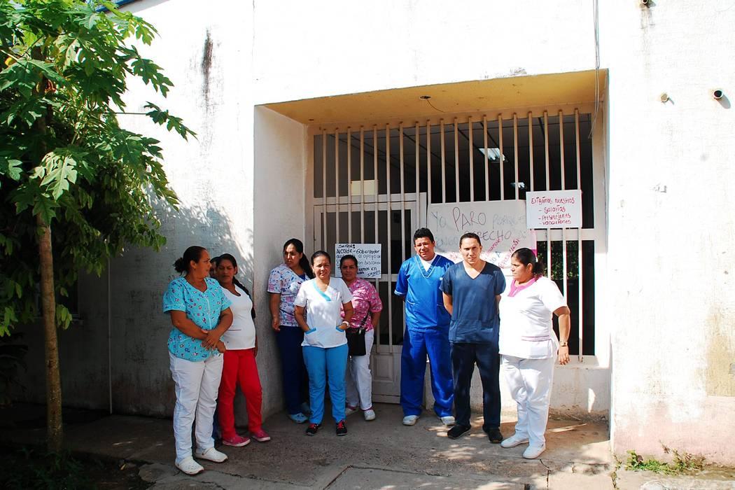 Médicos de la ESEB pararon por falta de pago de salarios