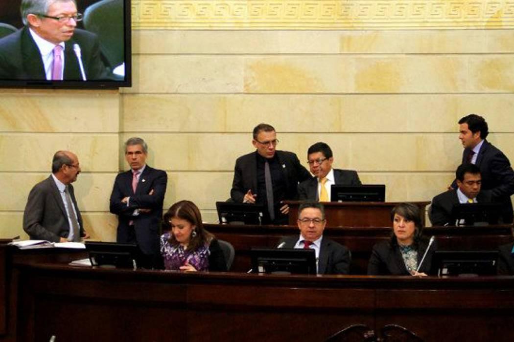 Senado dice que no se tramita ley para financiar la paz con pensión de los colombianos