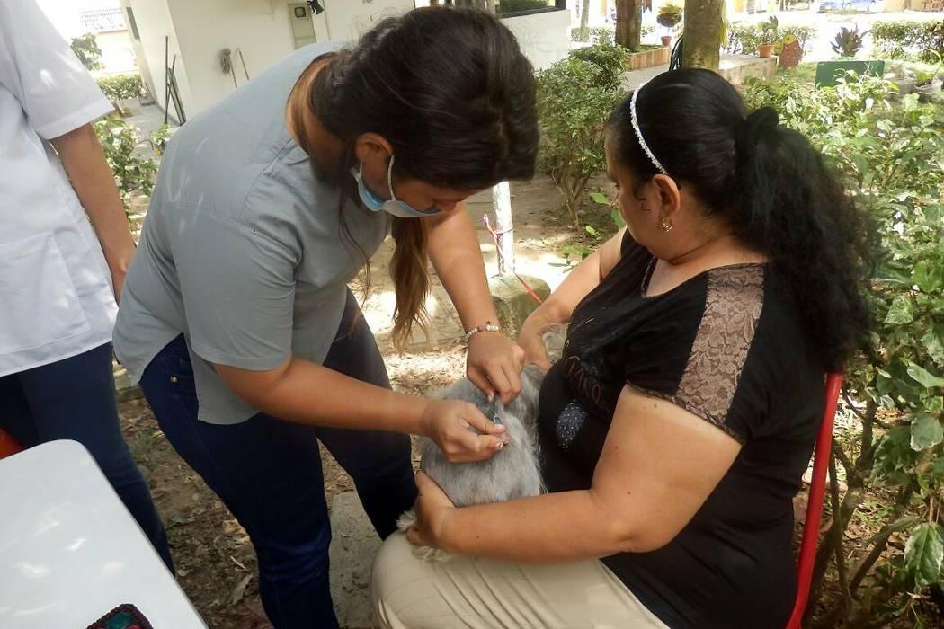 La comunidad cooperó con la jornada de vacunas