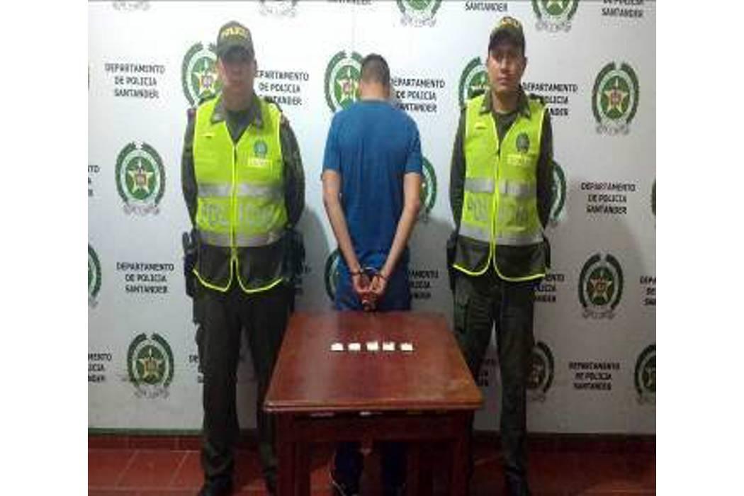 Operativos de la Policía dejó cuatro capturados
