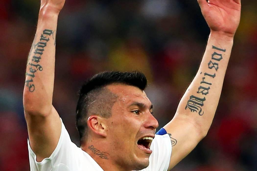 Por insulto, Gary Medel se perdería partido ante Colombia