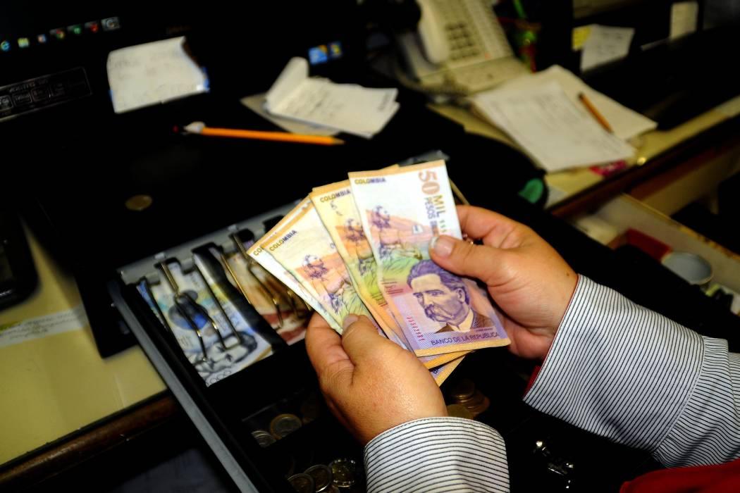 Tasa afectó las ganancias de los bancos en julio