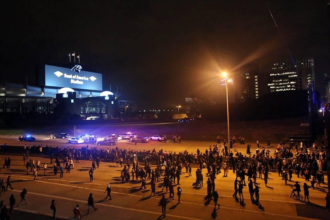 Aumentan a cinco los muertos en tiroteo en un centro comercial de EEUU
