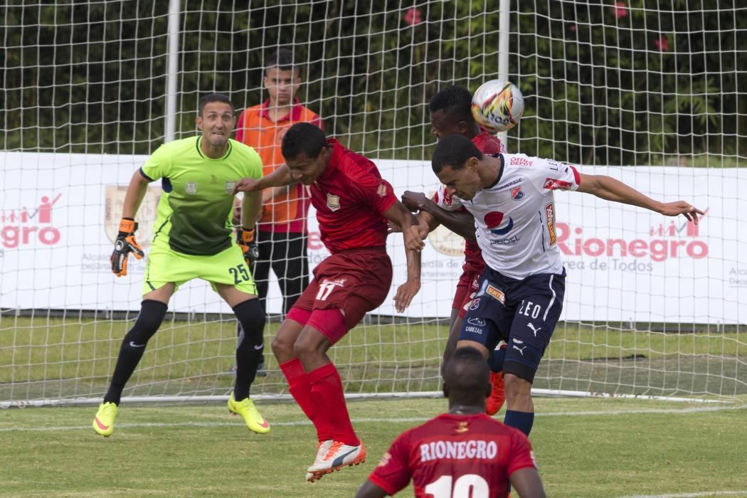 Medellín y Envigado mandan en una Liga Águila muy pareja
